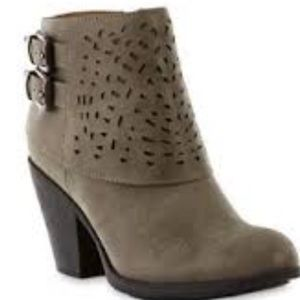 Cute and comfy Booties!